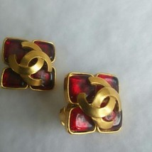 Authentic CHANEL Vintage ColorStone Gold Logo Clip on Earrings CC HCE060 - $701.91