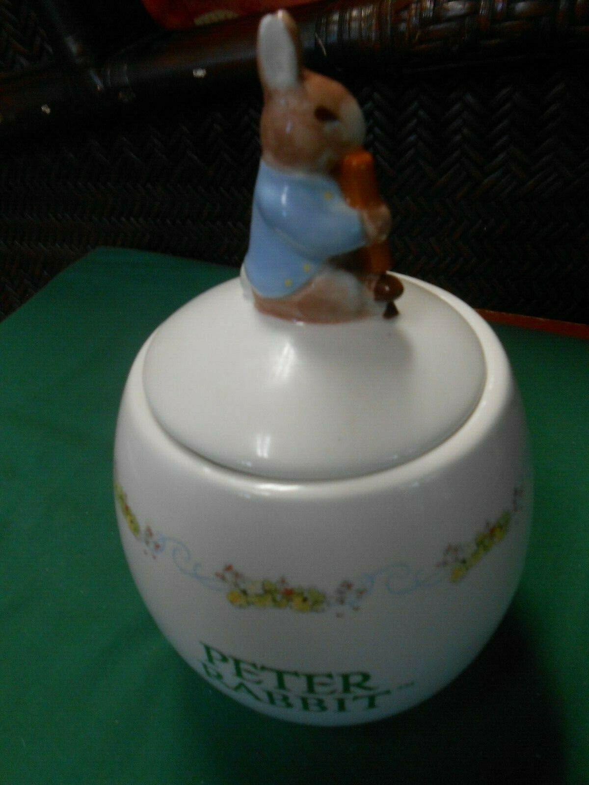 Primary image for Great Collectible PETER RABBIT Ceramic JAR