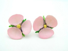 Pink Shell Pansy Flower Vintage Screw Back Earrings Silver Tone - $19.79