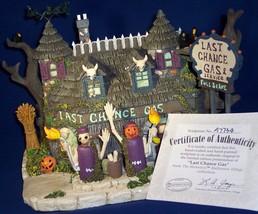 Munsters Halloween Hawthorne Village Collectible Last Chance Gas Decoration - £56.18 GBP