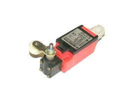 Bernstein I88-UV1Z Roller Limit Switch 10 Amp 300 Vac - $49.99