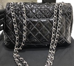 AUTHENTIC CHANEL BLACK QUILTED PATENT LEATHER JUMBO CLASSIC FLAP BAG SHW image 3