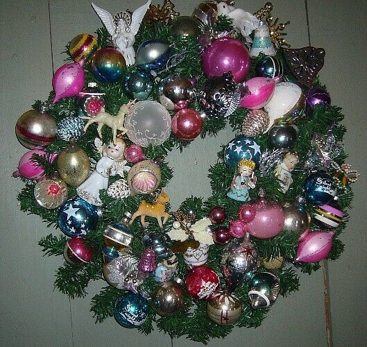 Fabulous Retro Christmas Ornament Wreath with lots of Angels and Balls!