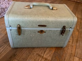 Vtg Samsonite  Blue Tweed Train Cosmetic Case  Shwayder Bros luggage sui... - $19.99