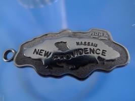TRAVEL SOUVENIR New Providence Nassau Sterling Map Charm - €18,63 EUR