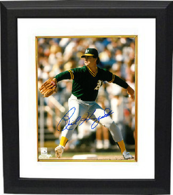 Rick Honeycutt signed Oakland Athletics 8x10 Photo Custom Framed (green jersey p