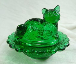 Cat on Nest Salt Dip Hunter Green Glass Kitty Kitten - $14.95
