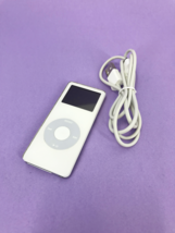 Apple iPod Model: A1137 Nano 1st Generation 1GB White #U2009 - $18.58