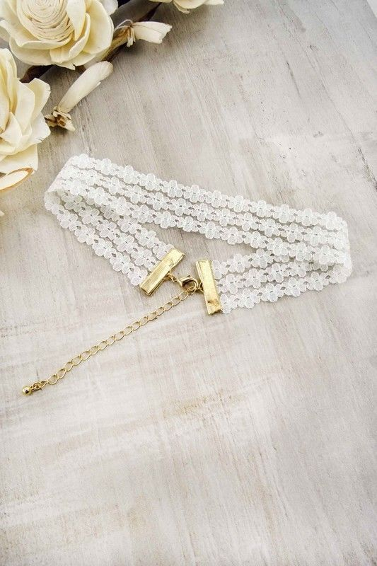 Women's Fashion Jewelry Retro Vintage White Delicate Floral Choker Necklace Cute