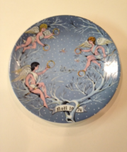 Limoges 'Five Gold Rings' Christmas Plate by Haviland in 1974 - $10.19