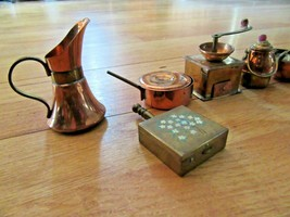 10O/MINI VINTAGE COPPER/BRASS SMALL POT/KETTLE/PAN/TOY/DOLL HOUSE! - $49.45