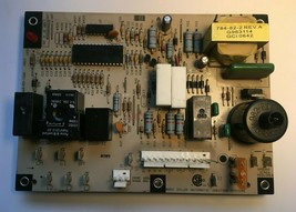 Carrier LH33WP003A Control Circuit Board 1068-11  used #P927 - $37.40