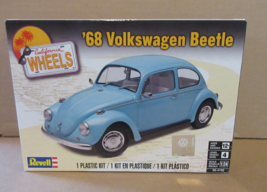 REVELL 1968 VOLKSWAGEN BEETLE MODEL KIT 1/24 SCALE - $22.00