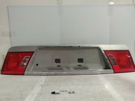 2003-2006 Kia Optima Trunk lid center OEM tail light 101 3D4 - $64.34
