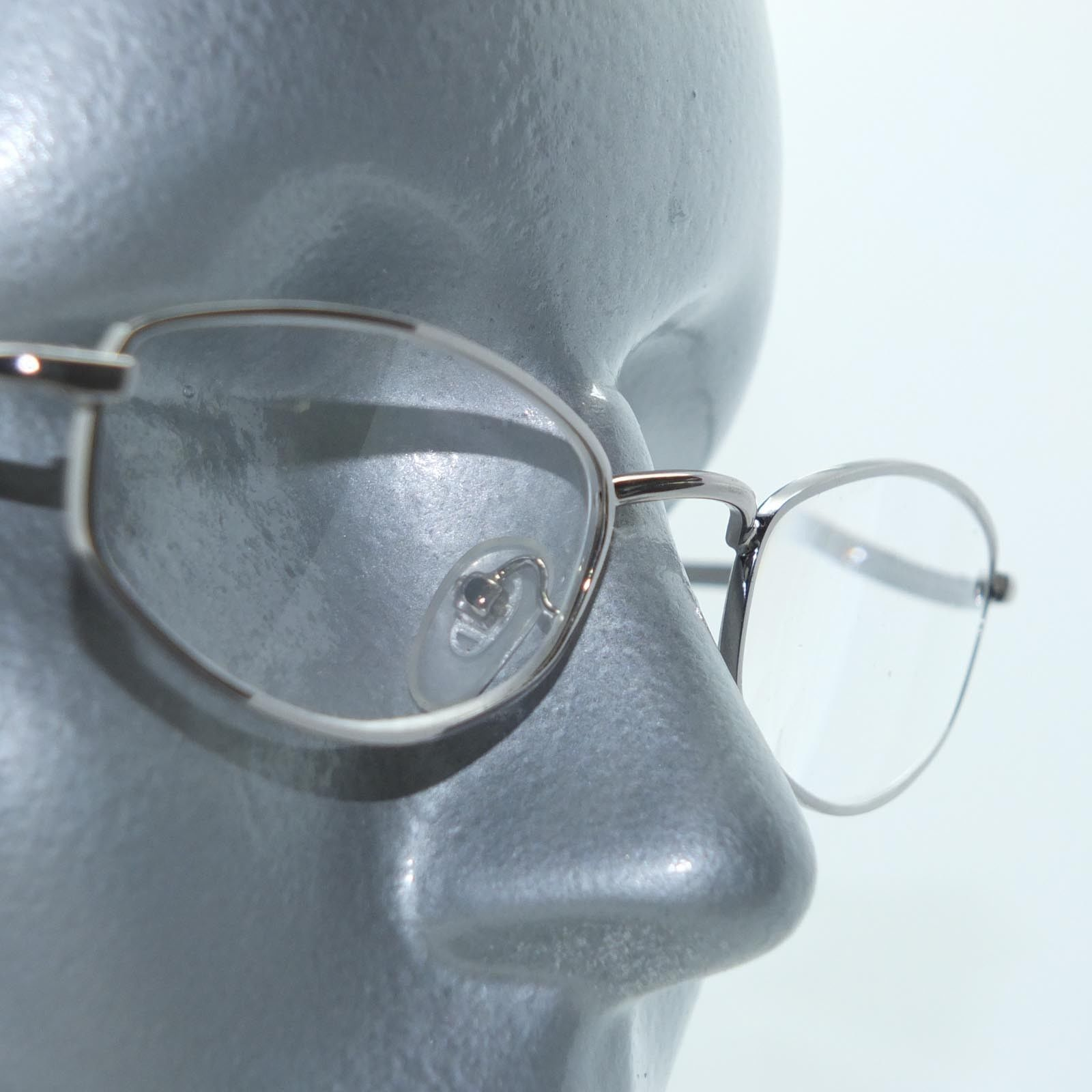 Primary image for Reading Glasses Shiny Gray Metal Oval Octagon Narrow Hip +3.00 Lens Strength