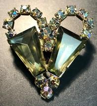 Beautiful Vintage Retro Heart Shaped Brooch - $7.44