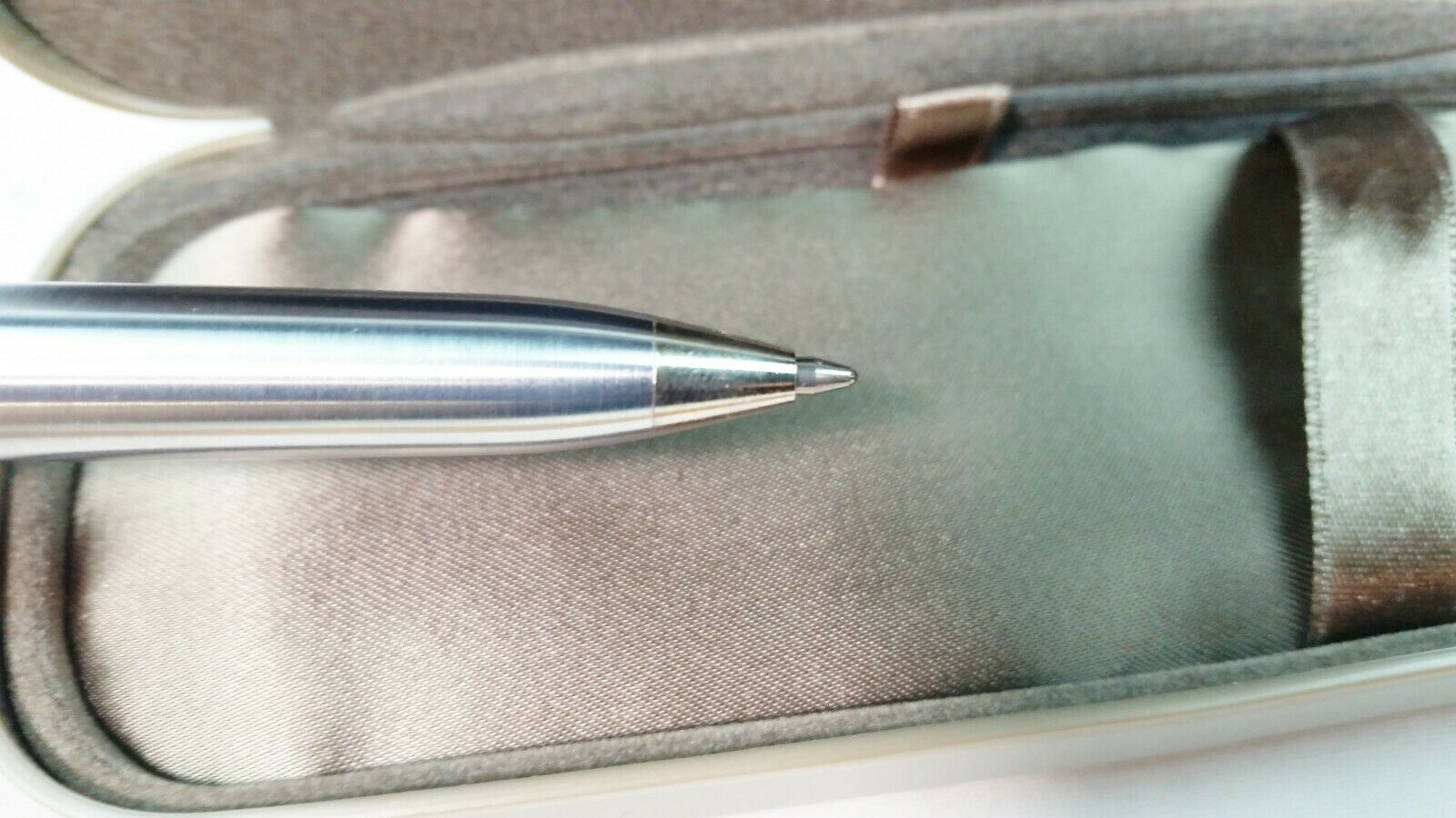 Vintage Sheaffer White Dot Classic Ink Pen With Case