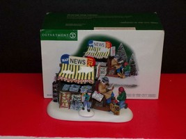 Department 56 Christmas In The City ~ Midtown Newsstand ~ Set 2-MIB - $38.61