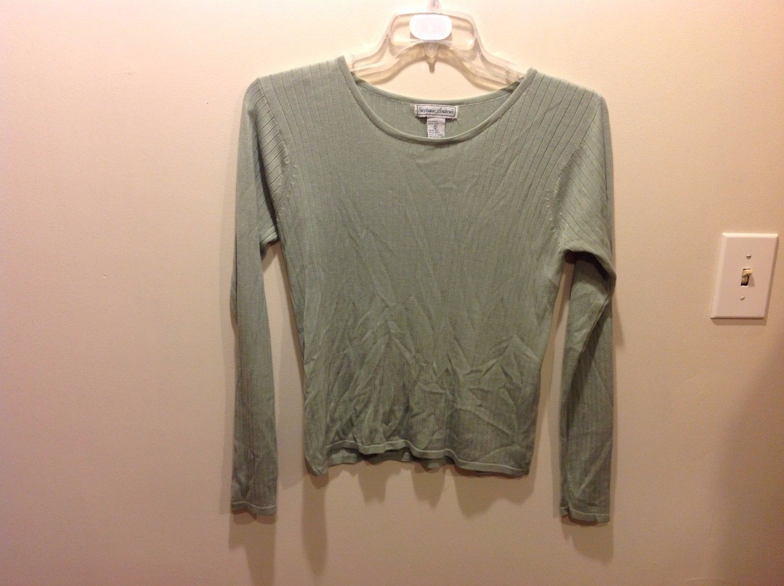 Pale Jade Green Long Sleeve Knit Silk Top w Vertical Textured Lines Sz S