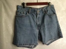 LEVI  STRAUSS & CO. 555 WOMEN  GUY'S FIT  BLUE DENIM JEAN  SHORT MISS SI... - $13.61
