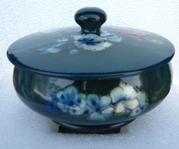 "Moorcroft vintage covered bowl dish or box with ""Potter to the Queen label"" - $235.13"
