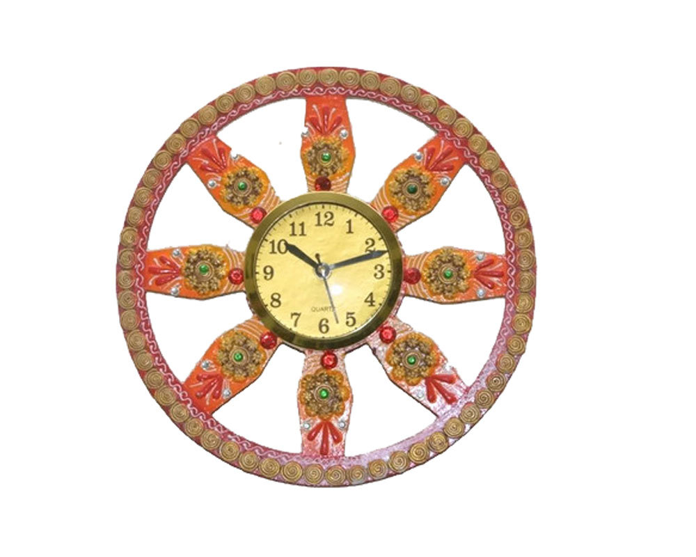 Handmade Hand painted Wooden Wall hanging Clock (Jali shape)