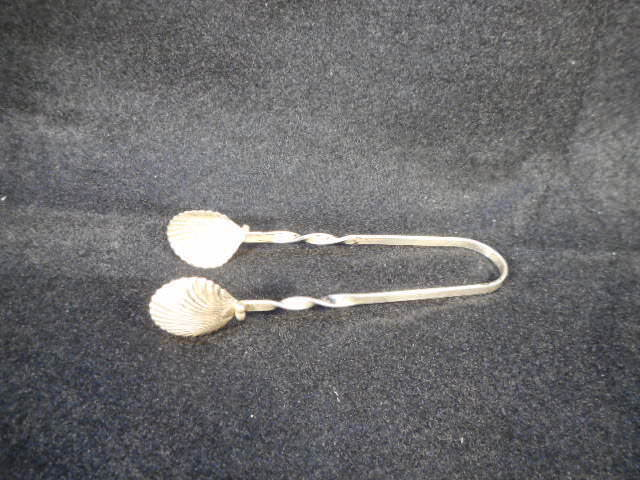 """Antique Silver 3 1/2"""" Clam Shell Twisted Handle Sugar Nippers Tongs"""