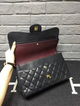AUTHENTIC CHANEL BLACK CAVIAR QUILTED JUMBO DOUBLE FLAP BAG GOLD HARDWARE image 3