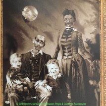 Gothic Horror-ZOMBIE FAMILY PORTRAIT CLING-Wall Sticker Halloween Decora... - $4.92