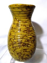 "VTG 6"" Yellow & Brown Ribbed Textured Clay Pottery Vase in Mottled Glaze - $5.94"