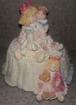 HEART TUGS - San Francisco Music Box Co Musical Figurine Dolls Toys Bears - $7.33