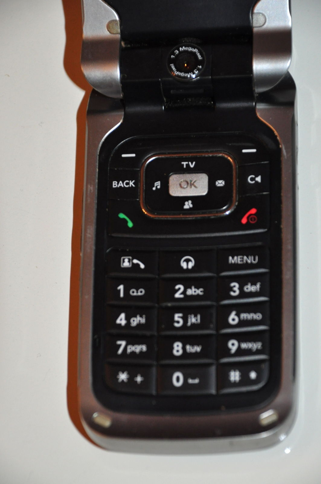 LG U310 Phone Marked Tre With Box And and similar items