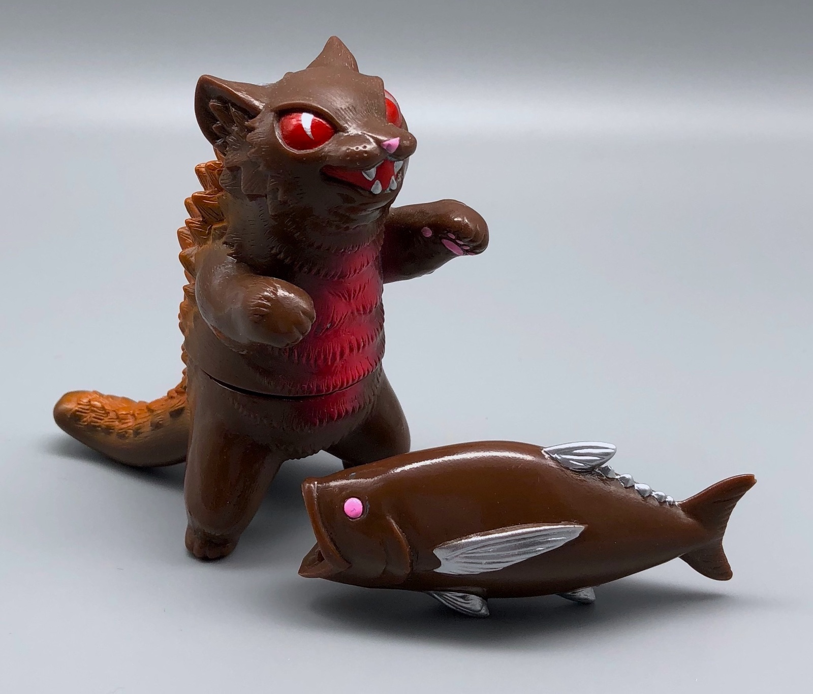 MaxToy Chocolate Negora w/ fish