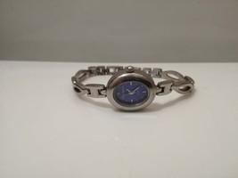 vintage Ladies Watch / ladies watch  / quartz watch  / watch / vintage /... - $30.00