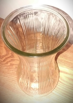"Vintage vase made by hoosier. Mint condition.  The vase measure 9 3/4"" t... - €15,93 EUR"