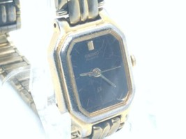 Seiko sx Womens 16mm Watch, New Battery, Black Dial, V401-5251 - $15.00