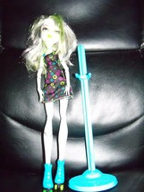 Monster High Frankie Stein Skulltimate Roller Maze Doll 2008 - $26.70