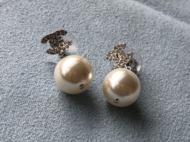 Authentic Chanel Classic Crystal CC Pearl Silver Earrings  image 3