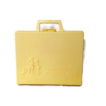 Vintage 1977 Fisher Price Medical Kit Carrying Case Toy Boy Girl Made in... - $17.81