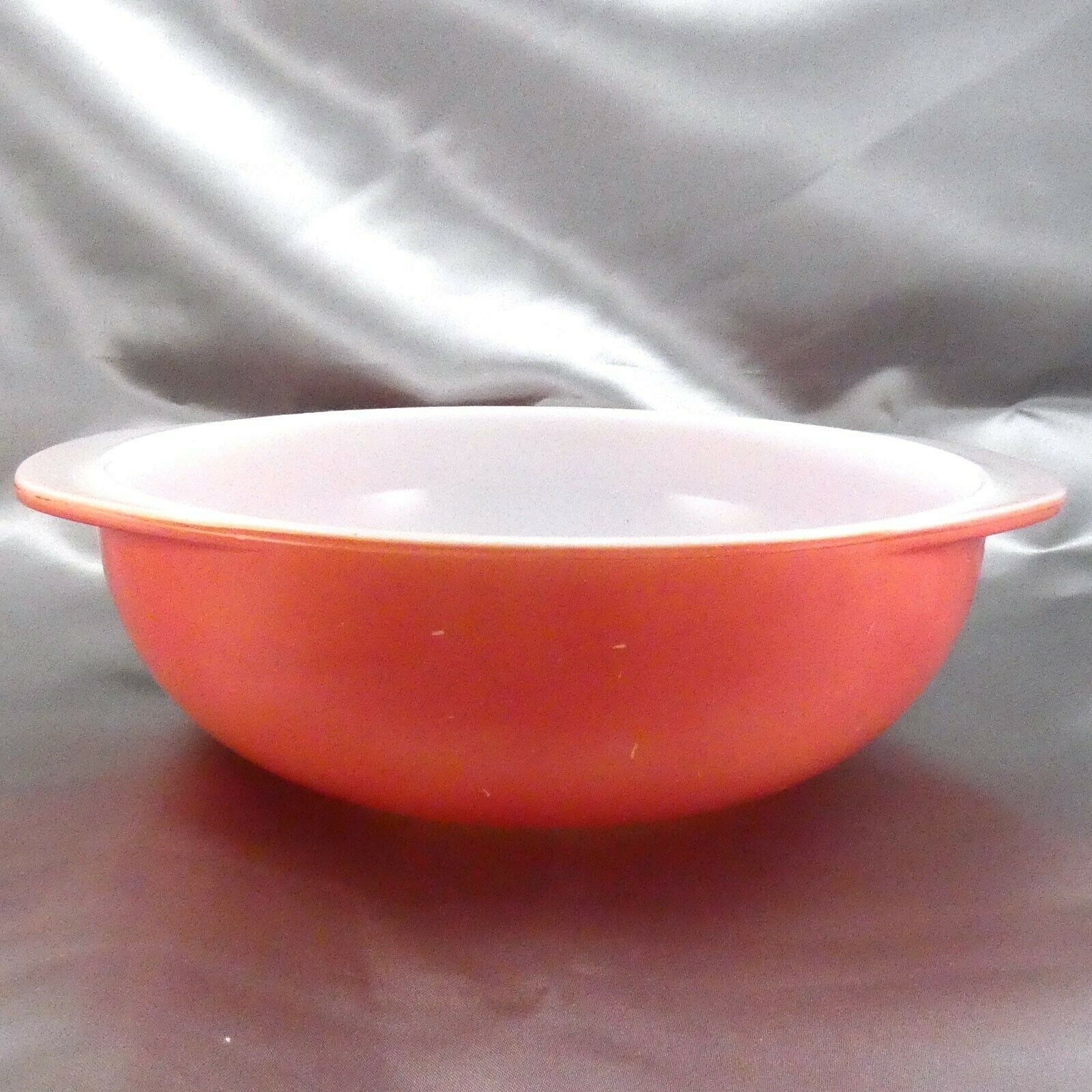 Pyrex 024 Pink Milk Glass Casserole Dish 2qt Serving Bowl ~ Made in the USA