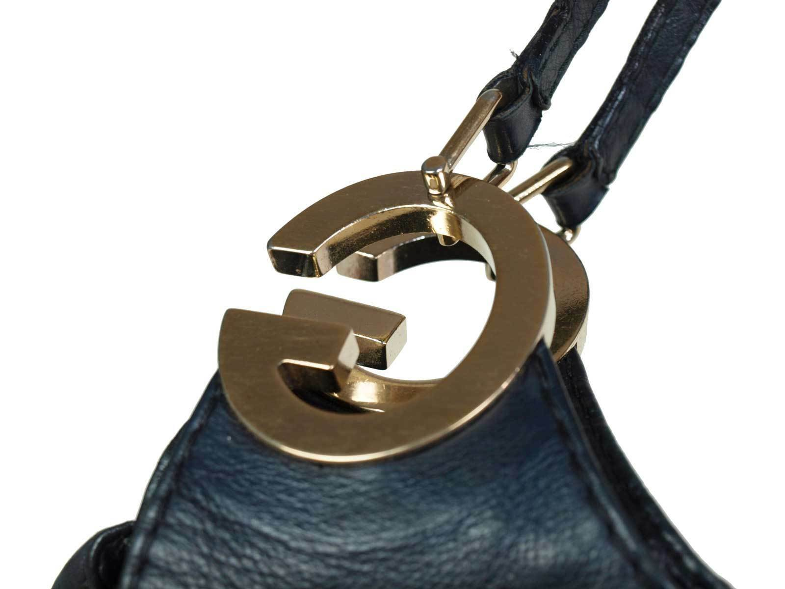 Authentic GUCCI GG Logos Leather Black Shoulder Bag GS1827