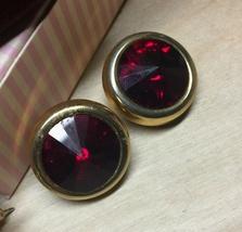 VTG 80s E.PEARL Signed Round Ruby Red Rivoli Cut Rhinestone/Gold Clip Ea... - $17.10