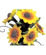 Charming Tails Daisy Displayer 98/283 - $19.99