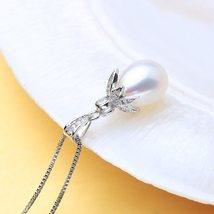 Pearl Pendant Necklaces Leaf Shape Pendant For Gift - $32.00