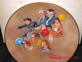 """The Norman Rockwell Museum Plate Number 4122 """"At the Circus"""" American Family II  - $14.84"""