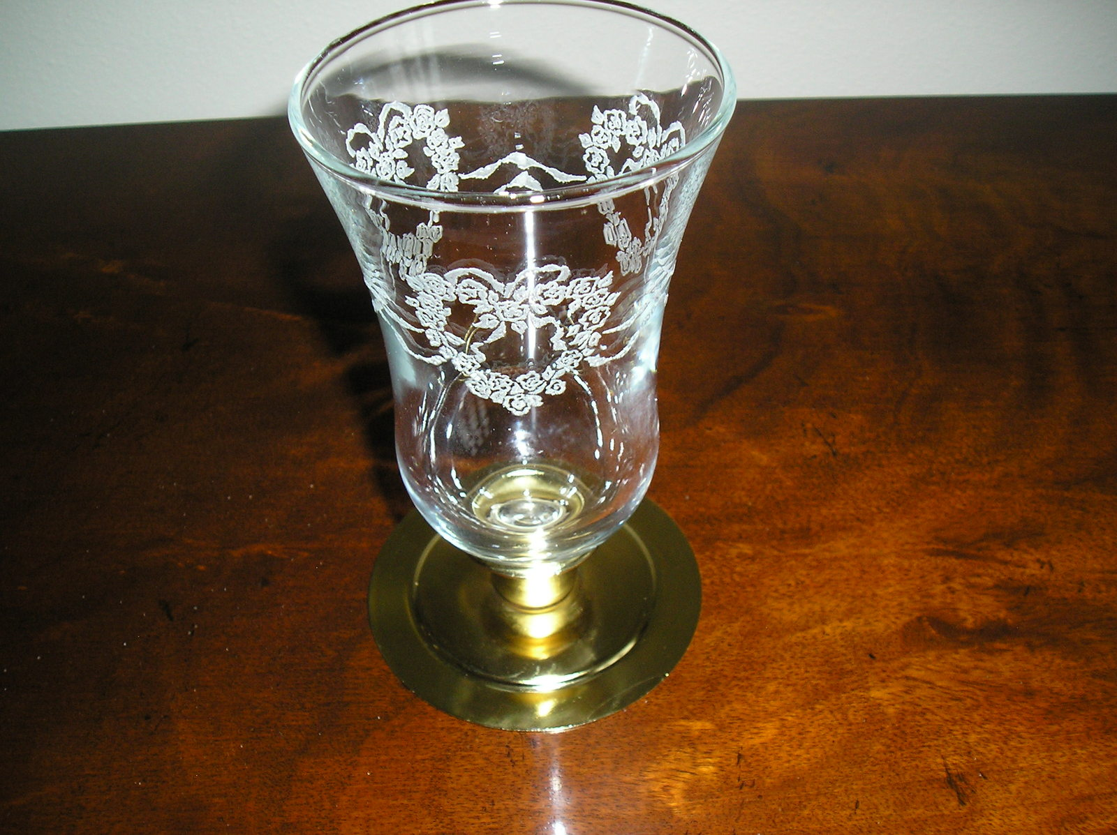 Primary image for Homco Embossed Lace Hearts & Ribbons Peg Votive Candle Holder