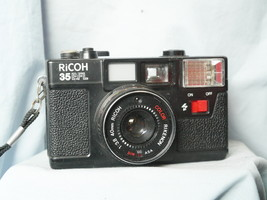 Ricoh 35EFL Point And Shoot Quality 35mm Compact Camera c/w Rikenon 40mm... - $30.00