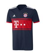 Bayern away01 thumbtall