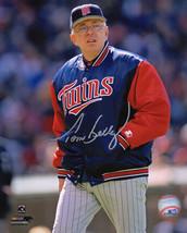 TOM KELLY Signed Minnesota TWINS Manager Coaching 8x10 Photo - SCHWARTZ - $38.61