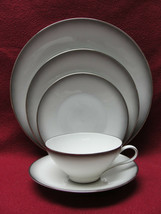 ROSENTHAL China - ELEGANCE Pattern (Bettina ) - 5-piece PLACE SETTING - $28.95
